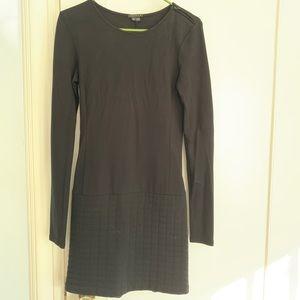 Theory black long sleeved sheath dress size Small